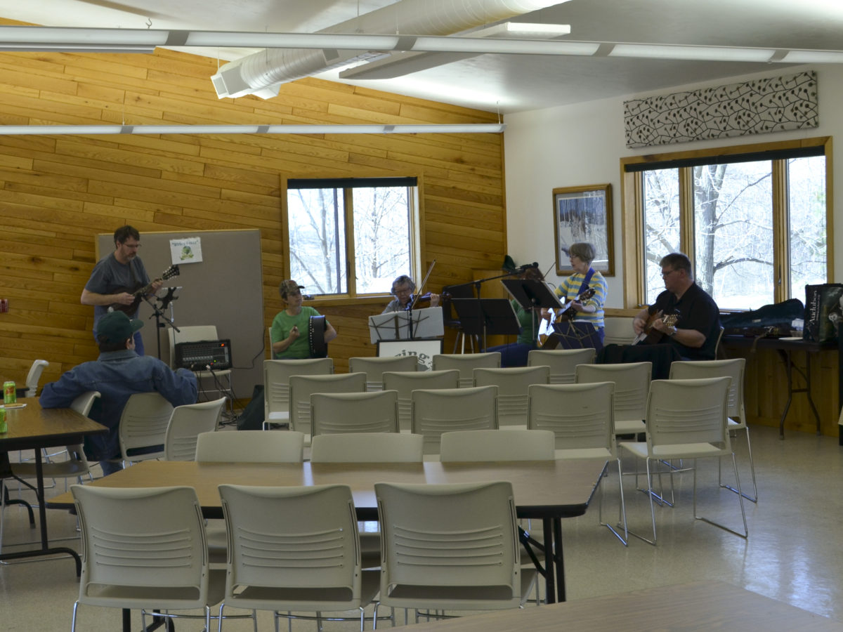 Live music supplied from String Fever