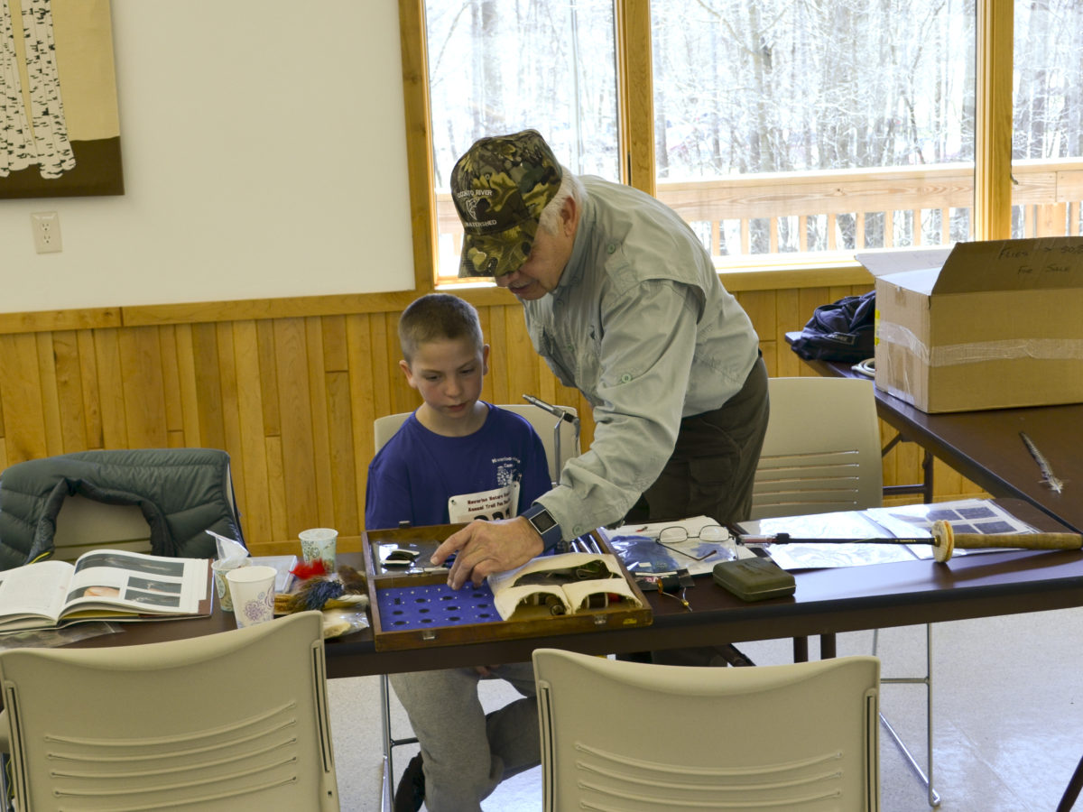Wayne instructing on how to make a Blue Panfish fly