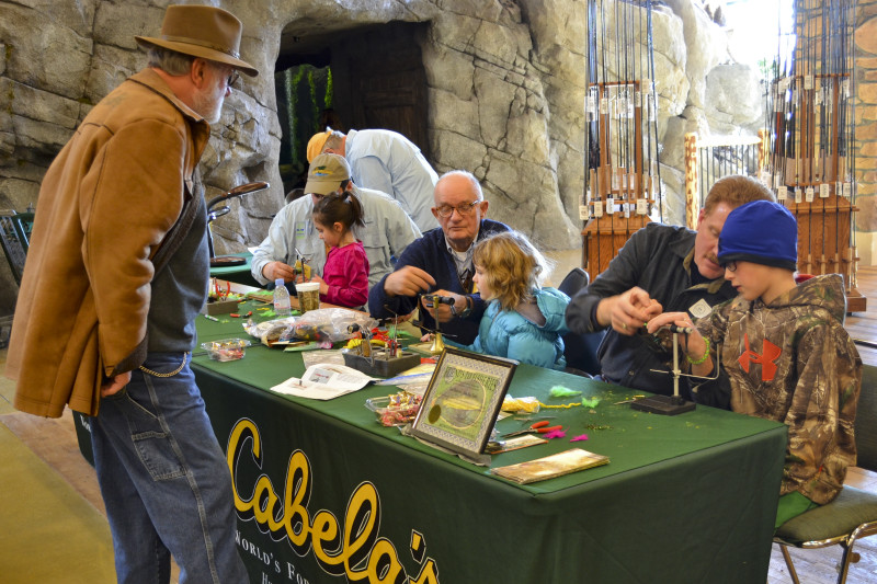 The fly tying table at Cabelas