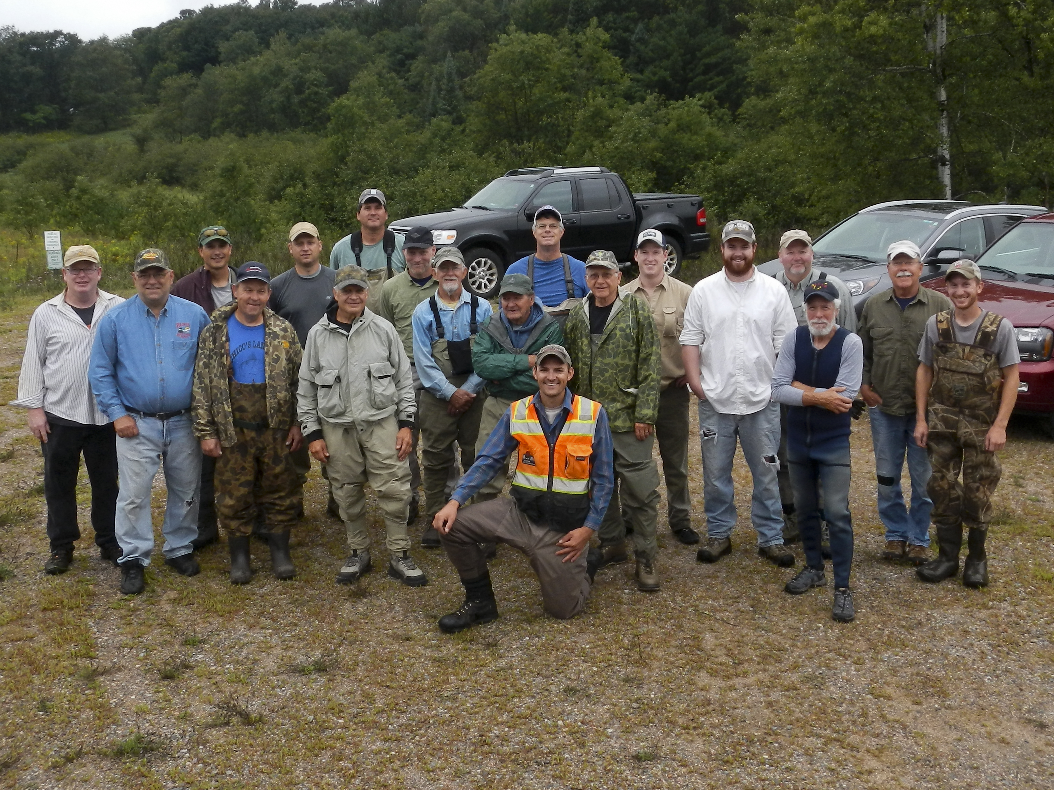 Ninemile Creek brushing crew picture